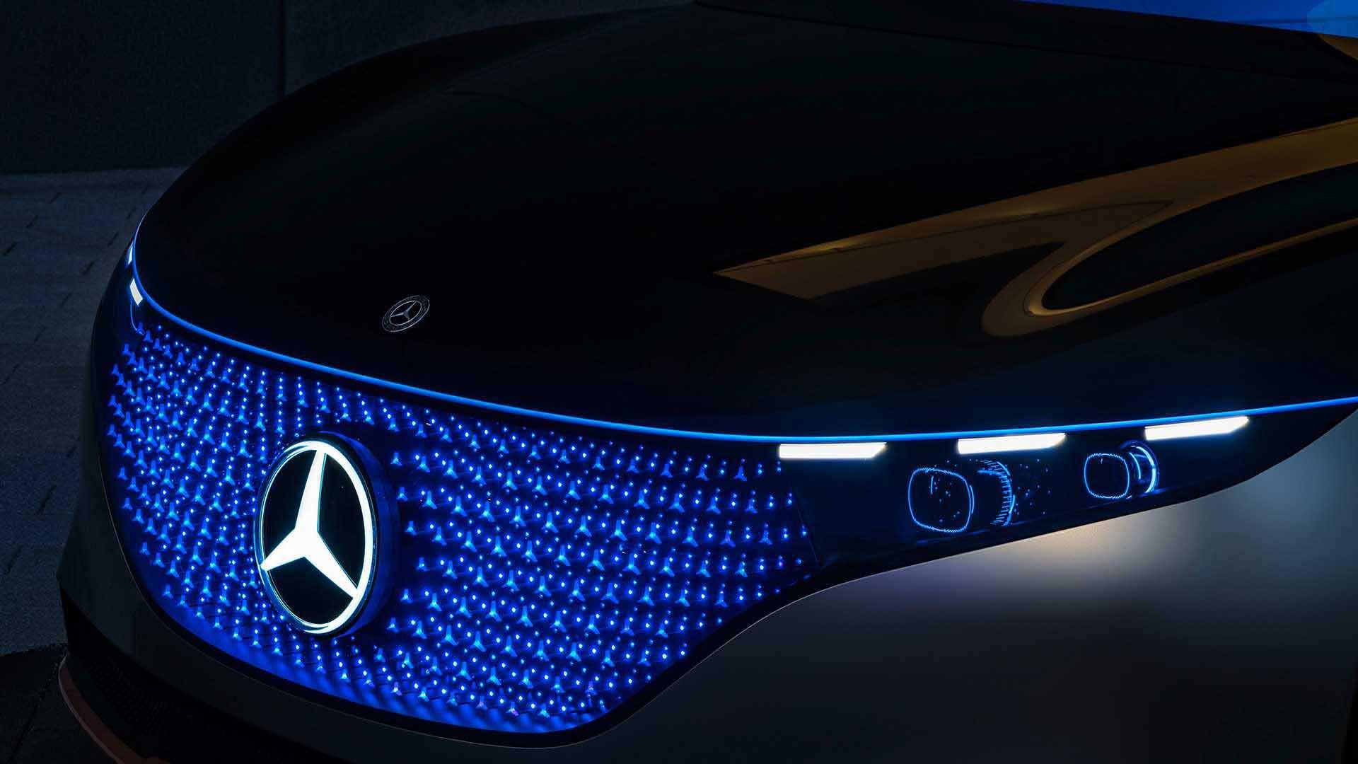 مرسدس بنز ، خودرویی از آینده-ال ای دی ها