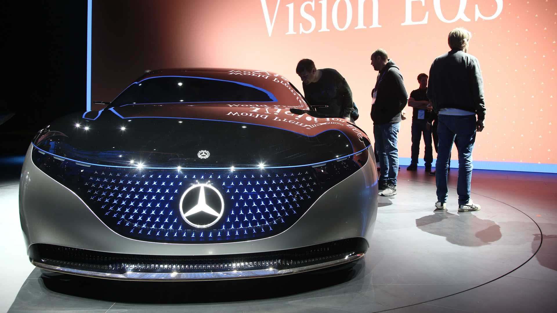 مرسدس بنز ، خودرویی از آینده-تعمیرگاه مونیخ سرویس